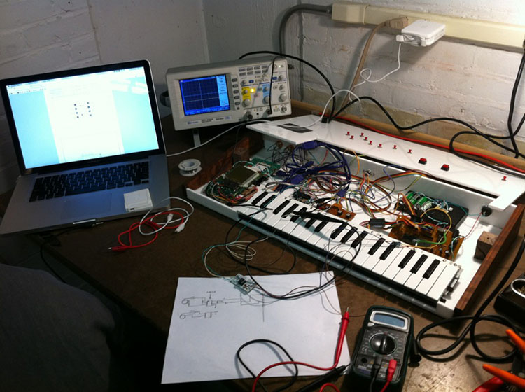 synthesizer4.jpg