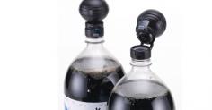 미국 Jokari에서 만든 탄산이 유지되는 음료 캡 !